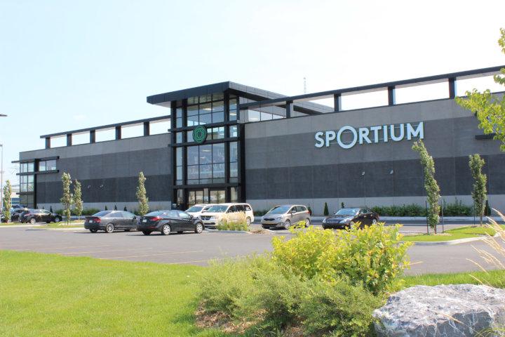 Sportium construction bertrand dionne for Club piscine st hubert